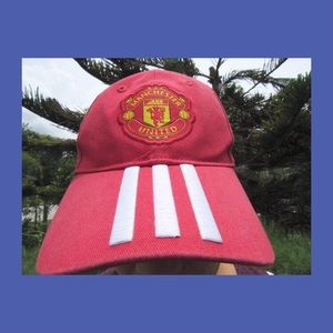 Manchester United Red Adidas Hat